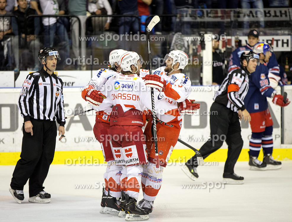 06.04.2014, Eiswelle, Bozen, ITA, EBEL, HCB Suedtirol vs EC Red Bull Salzburg, Finale, best of five, 2. Spiel, im Bild Jubel von Bozen nach dem 4:2 durch Trenton Wihitfield (Bozen) // Jubel von Bozen nach dem 4:2 durch Trenton Wihitfield (Bozen) during the Erste Bank Icehockey League Final 2nd match between HCB Suedtirol and EC Red Bull Salzburg at the Eiswelle in Bozen, Italy on 2014/04/06. EXPA Pictures © 2014, PhotoCredit: EXPA/ Johann Groder