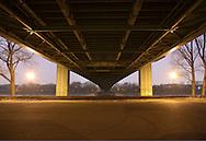 DEU, Germany, Cologne, under the Muelheimer bridge across the river Rhine.....DEU, Deutschland, Koeln, unter der Muelheimer Bruecke ueber den Rhein...
