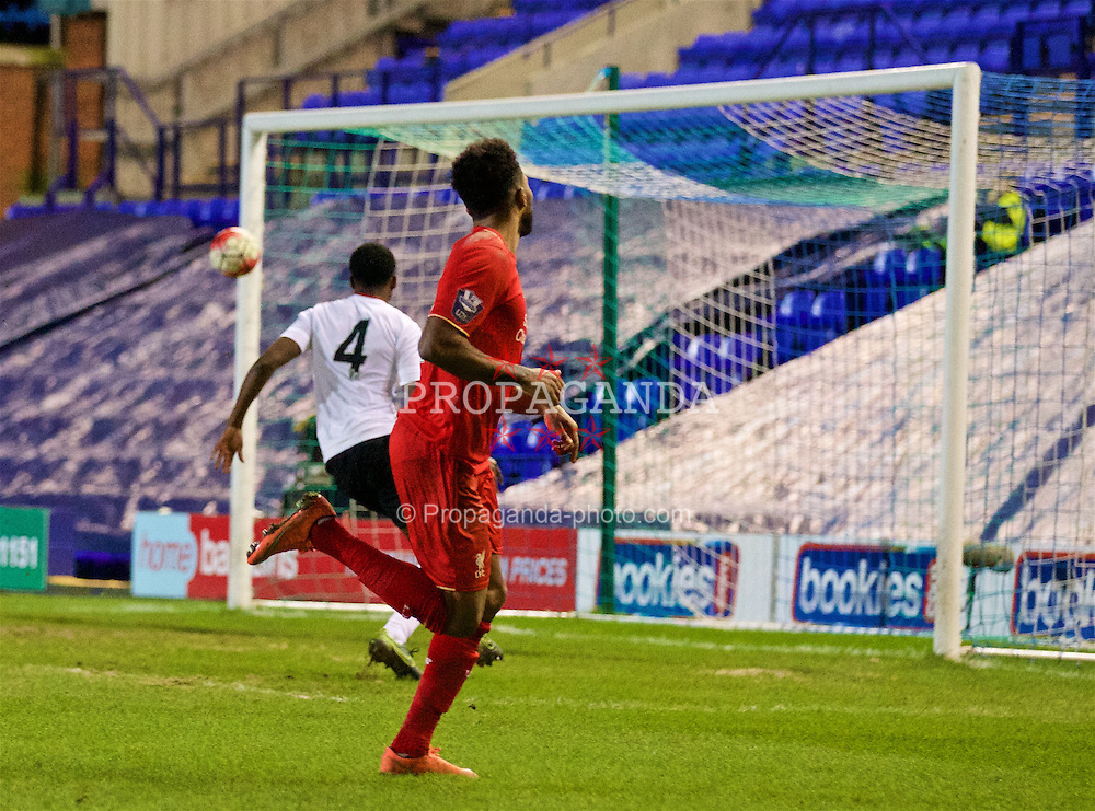 BIRKENHEAD, ENGLAND - Friday, March 11, 2016: Liverpool's Jerome Sinclair scores the first goal against Manchester United during the Under-21 FA Premier League match at Prenton Park. (Pic by David Rawcliffe/Propaganda)