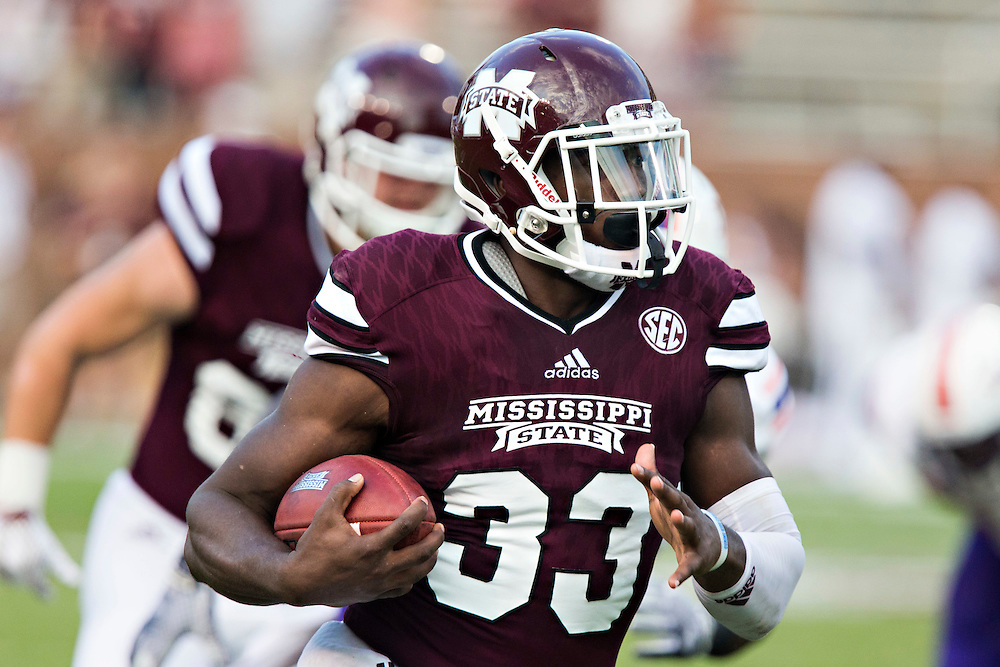 STARKVILLE, MS - SEPTEMBER 19:  Dontavian Lee #33 of the Mississippi State Bulldogs runs the ball against the Northwestern State Demons at Davis Wade Stadium on September 19, 2015 in Starkville, Mississippi.  The Bulldogs defeated the Demons 62-13.  (Photo by Wesley Hitt/Getty Images) *** Local Caption *** Dontavian Lee