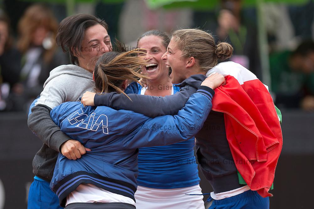 FED CUP 2013, World Group Semifinals :: ITA vs CZE :: 3nd Day - Apr, 22nd 2013.R.Vinci (ITA) vs L.Safarova (CZE)