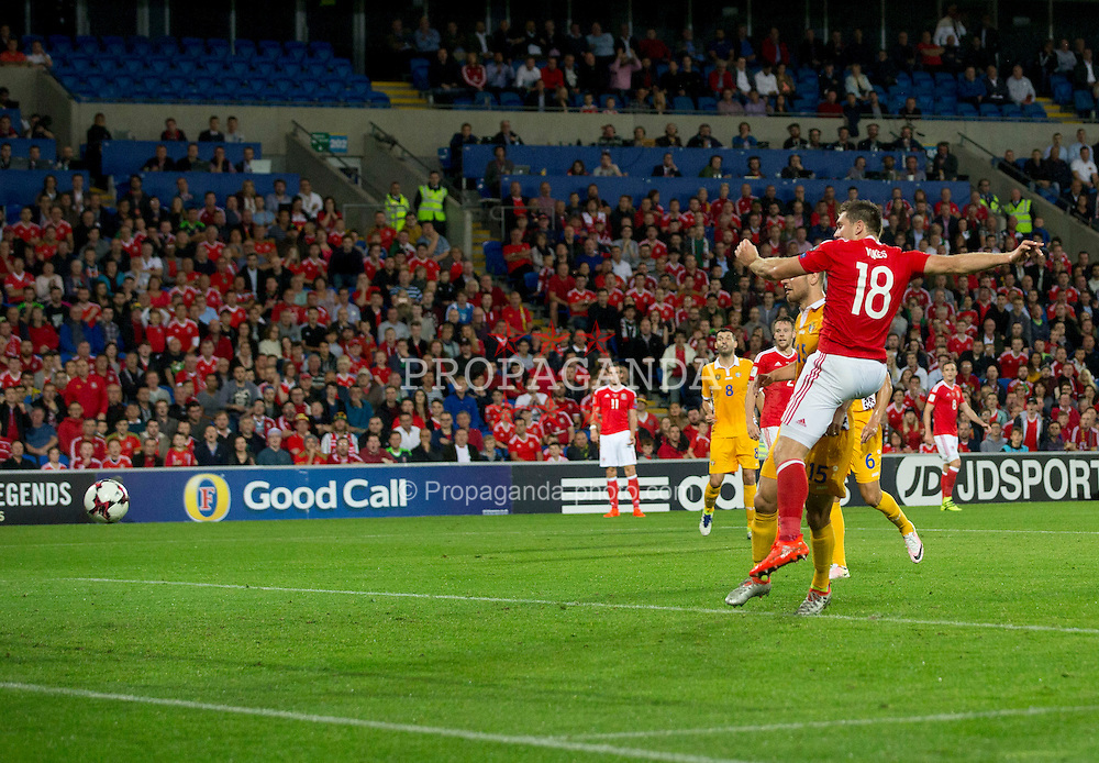 CARDIFF, WALES - Monday, September 5, 2016: Wales' Sam Vokes scores the 1st goal against Moldova during the 2018 FIFA World Cup Qualifying Group D match at the Cardiff City Stadium. (Pic by Paul Currie/Propaganda)