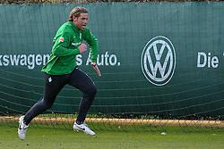 21.04.2010, Trainingsplatz, Bremen, GER, 1.FBL, Werder Bremen Training, im Bild  Keeper Tim Wiese ( Werder  #01) sprint   EXPA Pictures © 2010, PhotoCredit: EXPA/ nph/  Kokenge / SPORTIDA PHOTO AGENCY