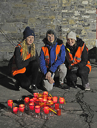 Westport Venture Scouts Laoise Nolan, Alva Hanks and Sarah Staunton helping out at Pieta House's  Darkness Into Light Walk in Westport this morning.<br /> Pic Conor McKeown