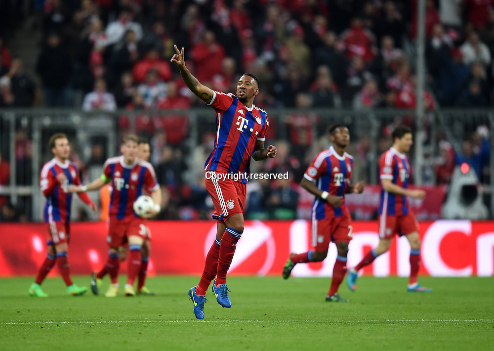 11.03.2015. Allianz Stadium, Munich, Germany. UEFA Champions League football. Bayern Munich versus Shakhtar Donetsk.  Jerome Boateng (FC Bayern Muenchen) celebrates making it 2:0  The game ended 7-0 to Bayern over Shakhtar.