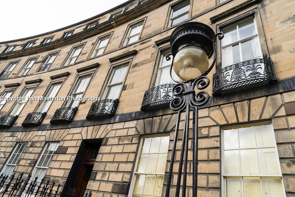 View of Georgian townhouses in street in New Town of Edinburgh, Scotland, United kingdom