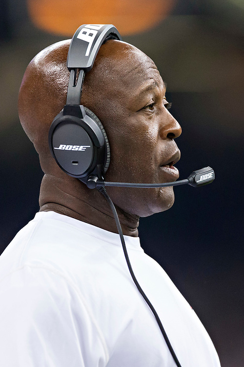 NEW ORLEANS, LA - SEPTEMBER 20:  Head Coach Lovie Smith of the Tampa Bay Buccaneers on the sidelines during a game against the New Orleans Saints at Mercedes-Benz Superdome on September 20, 2015 in New Orleans Louisiana. The Buccaneers defeated the Saints 26-19.   (Photo by Wesley Hitt/Getty Images) *** Local Caption *** Lovie Smith