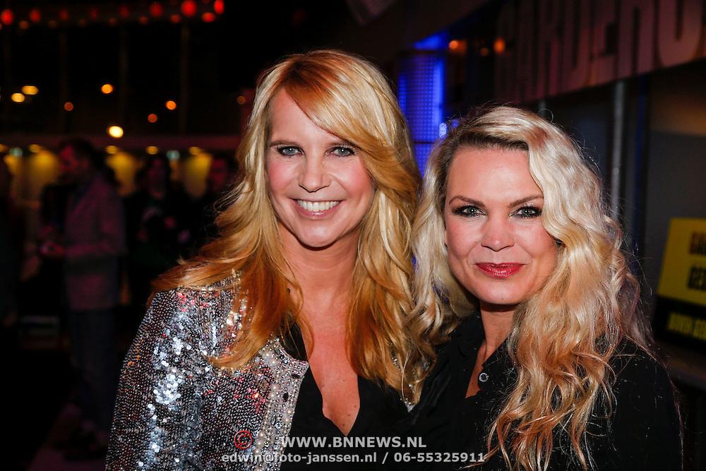 NLD/Hilversum/20121118 - 100ste Linda de Mol editie, Kippenvelconcert 2012, Linda de Mol en Jildou van der Bijl