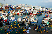 Maroc, Tanger, le port de peche et la medina // Morocco, Tangier (Tanger), fishing harbour and old city (Medina)