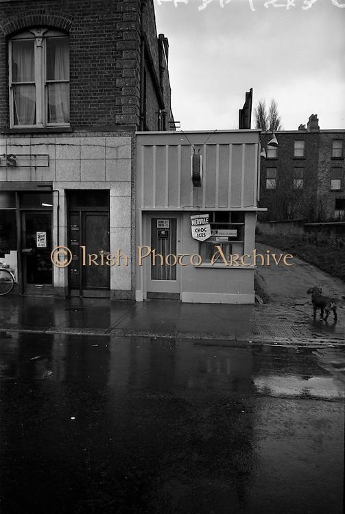 18/11/1964<br /> 11/23/1964<br /> 18 November 1964<br /> <br /> Picture of the Sunset strip Cafe on Rathmines Rd. Dublin.