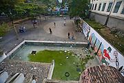 Caracas_VEN, Venezuela...Praca publica no centro de Caracas, Capital da Venezuela...Public square at Caracas Downtown, Venezuela´s Capital...Foto: JOAO MARCOS ROSA / NITRO