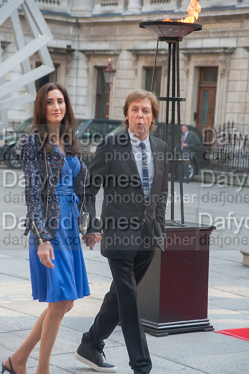 NANCY MCCARTNEY; PAUL MCCARTNEY, Celebration of the Arts. Royal Academy. Piccadilly. London. 23 May 2012.