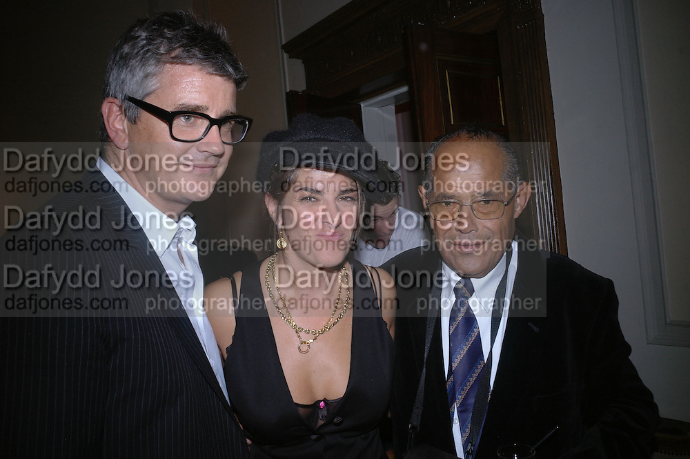 JAY JOPLING, TRACEY EMIN AND INVAR EMIN,  Book launch party for 'Strangeland' by Tracey Emin.  33 Portland Place. London. 21 October 2005. ONE TIME USE ONLY - DO NOT ARCHIVE © Copyright Photograph by Dafydd Jones 66 Stockwell Park Rd. London SW9 0DA Tel 020 7733 0108 www.dafjones.com