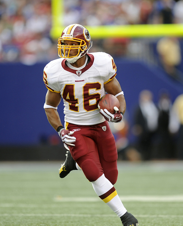 EAST RUTHERFORD, NJ - SEPTEMBER 13: Ladell Betts #46 of the Washington Redskins runs with the ball against the New York Giants during their game on September 13, 2009 at Giants Stadium in East Rutherford, New Jersey. (Photo by Rob Tringali) *** Local Caption *** Ladell Betts