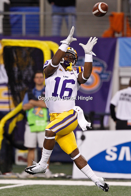 Jan 7, 2011; Arlington, TX, USA; LSU Tigers running back Spencer Ware (16) during warm ups prior to kickoff of the 2011 Cotton Bowl against the Texas A&M Aggies at Cowboys Stadium. LSU defeated Texas A&M 41-24.  Mandatory Credit: Derick E. Hingle