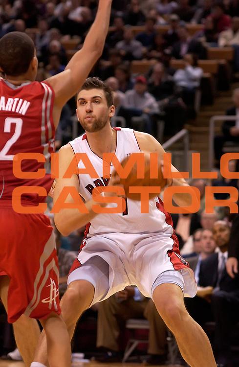 DESCRIZIONE : Toronto NBA 2010-2011 Toronto Raptors Houston Rockets<br /> GIOCATORE : Andrea Bargnani<br /> SQUADRA : Toronto Raptors Houston Rockets<br /> EVENTO : Campionato NBA 2010-2011<br /> GARA : Toronto Raptors Houston Rockets<br /> DATA : 19/11/2010<br /> CATEGORIA :<br /> SPORT : Pallacanestro <br /> AUTORE : Agenzia Ciamillo-Castoria/V.Keslassy<br /> Galleria : NBA 2010-2011<br /> Fotonotizia : Toronto NBA 2010-2011 Toronto Raptors Houston Rockets<br /> Predefinita :