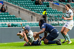 Emily Pratt scores a try for Cambridge. Oxford University Women v Cambridge University Women - Women's Varsity Match, Twickenham, London, UK on 06 December 2018. Photo: Simon Parker
