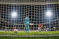 ALKMAAR - 26-11-15, Europa League, AZ  - FK Partizan, AFAS Stadion, 1-2, AZ speler Dabney dos Santos Souza scoort hier de 1-0, doelpunt.