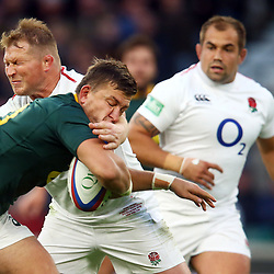 LONDON, ENGLAND - NOVEMBER 03: Dylan Hartley (co-captain) of England tackling Handre Pollard of South Africa during the Castle Lager Outgoing Tour match between England and South Africa at Twickenham Stadium on November 03, 2018 in London, England. (Photo by Steve Haag/Gallo Images)