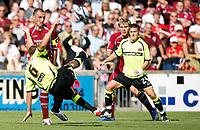 Photo: Steve Bond.<br />Scunthorpe United v Sheffield United. Coca Cola Championship. 01/09/2007. James Beattie tries a spectacular shot