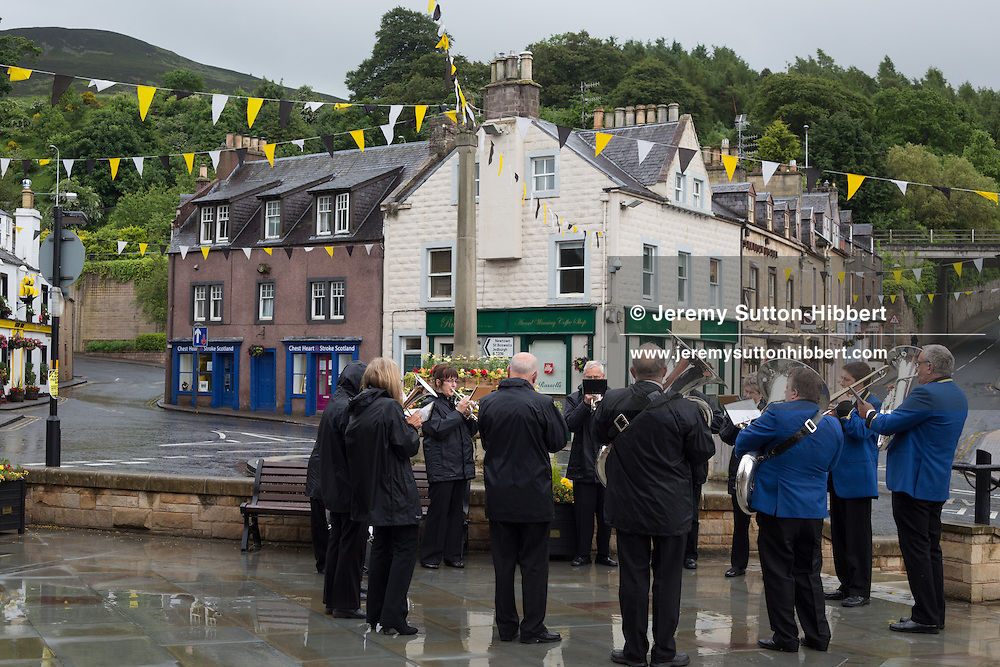 The Tour Of Ceremonies, with Melrosian Sam Thomson, during the Melrose Festival, in Melrose, Scotland, Saturday 22nd June 2013. <br /> N55&deg;35.863'<br /> W2&deg;43.166'