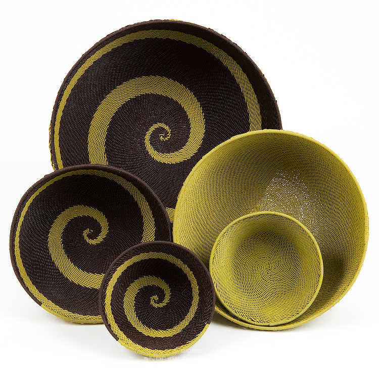 Group bowls.  Brown with olive green & brown; olive green solid