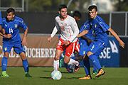 21.09.2017; Niederhasli; FUSSBALL U16 - Schweiz - Italien;<br /> Fabian Rieder (SUI) Simone Panada (ITA) <br /> (Andy Mueller/freshfocus)