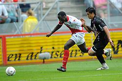 09-08-2009 VOETBAL: FC UTRECHT - WILLEM II: UTRECHT<br /> Utrecht wint met 1-0 van Willem II / Jacob Mulenga en Leo Veloso<br /> &copy;2009-WWW.FOTOHOOGENDOORN.NL