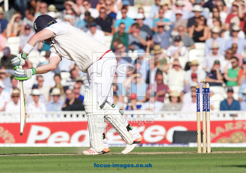 Ian Bell of England is bowled out by Peter Siddle of Australia during the 5th Investec Ashes Test Match match at the Kia Oval, London<br /> Picture by Alan Stanford/Focus Images Ltd +44 7915 056117<br /> 21/08/2015