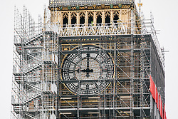 © Licensed to London News Pictures. 09/11/2017. London, UK. Big Ben chimes at 9am. The bell has been silenced since August 21 during repairs to the Elizabeth Tower. Palace of Westminster clockmakers will work through the day adjusting the bells to ensure that they strike at exactly the right time for Armistice Day commemorations at the 11th hour of November 11, followed by Remembrance Sunday events the following day. Photo credit: Rob Pinney/LNP