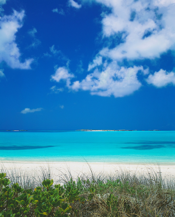 6204-1010B ~ Copyright: George H. H. Huey ~ Tropic of Cancer Beach and Exuma Sound.  Little Exuma Island, Exuma Cays, Bahamas.