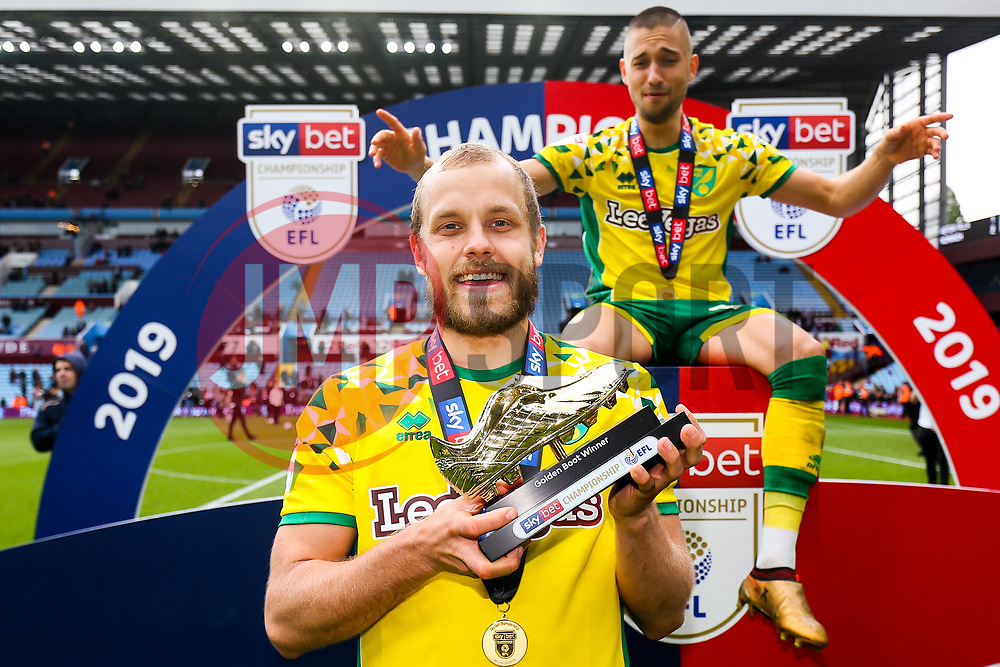Teemu Pukki of Norwich City is presented with the 2018/19 Sky Bet Championship Golden Boot award as as Norwich City celebrate winning the Sky Bet Championship as well as promotion - Rogan/JMP - 05/05/2019 - Villa Park - Birmingham, England - Aston Villa v Norwich City - Sky Bet Championship.