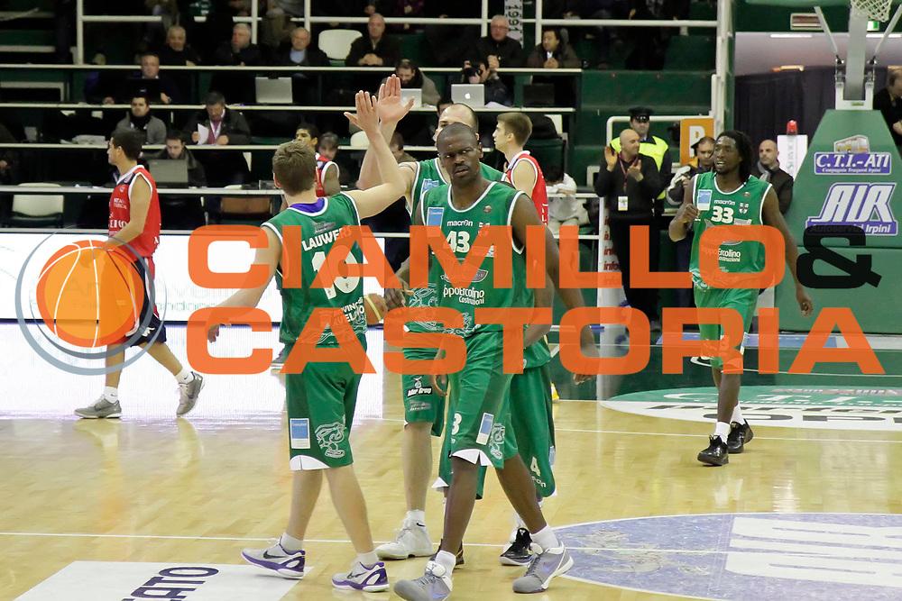 DESCRIZIONE : Avellino Lega A 2010-11 Air Avellino Angelico Biella<br /> GIOCATORE : Team Air Avellino<br /> SQUADRA : Air Avellino<br /> EVENTO : Campionato Lega A 2010-2011<br /> GARA : Air Avellino Angelico Biella<br /> DATA : 20/03/2011<br /> CATEGORIA : esultanza<br /> SPORT : Pallacanestro<br /> AUTORE : Agenzia Ciamillo-Castoria/A.De Lise<br /> Galleria : Lega Basket A 2010-2011<br /> Fotonotizia : Avellino Lega A 2010-11 Air Avellino Angelico Biella<br /> Predefinita :