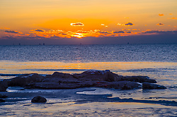 June 1, 2017 - Qinhuangdao, Qinhuangdao, China - Qinhuangdao, CHINA-Dec 21 2014: (EDITORIAL USE ONLY. CHINA OUT)..Sunrise at Beidaihe Beach Resort in Qinhuangdao, north China's Bei. (Credit Image: © SIPA Asia via ZUMA Wire)