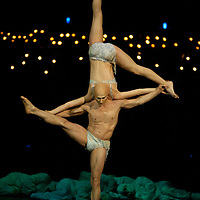 London, UK - 4 Janaury 2014: the Statue act performed by Yves Decoste and Valentyna Sidenko during the dress rehearsal of Quidam at the Royal Albert Hall. (available only for editorial coverage of the Production)