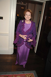 LADY ELIZABETH ANSON at a pub style quiz night in aid of Rapt at Willaim Kent House, The Ritz, London on 25th June 2006.  The questions were composed by Judith Keppel and the winning team won £1000 to donate to a charity of their choice.<br />