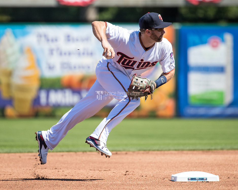 FORT MYERS, FL- FEBRUARY 26: Brian Dozier #2 of the Minnesota Twins throws against the Washington Nationals on February 26, 2017 at Hammond Stadium in Fort Myers, Florida. (Photo by Brace Hemmelgarn) *** Local Caption *** Brian Dozier