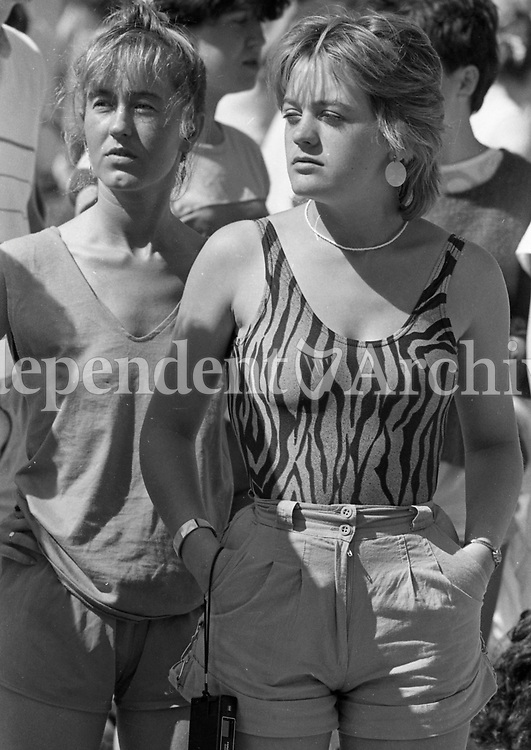 Fans at the Bruce Springsteen concert at Slane Castle June 1985.<br /> (Part of the Independent Newspapers Ireland/NLI collection.)