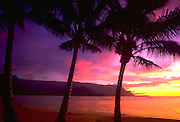 Sunset, Hanalei Bay, Kauai, Hawaii, USA<br />