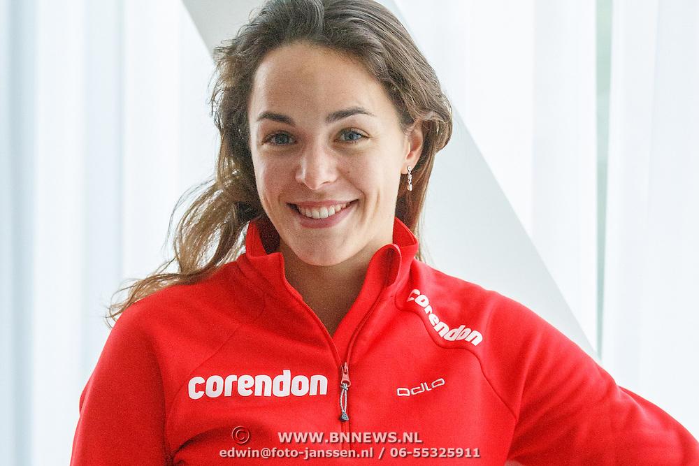 NLD/Amsterdam/20151021 - Ploegpresentatie Corendon schaatsploeg, Marrit Leenstra