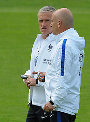 01.06.2016, Alpenstadion, Neustift, AUT, UEFA Euro, Frankreich, Vorbereitung Frankreich, im Bild v.l. TrainerDidier Deschamps, Co Trainer Stephan Guy // during Trainingscamp of Team France for Preparation of the UEFA Euro 2016 France at the Alpenstadion in Neustift, Austria on 2016/06/01. EXPA Pictures © 2016, PhotoCredit: EXPA/ Erich Spiess