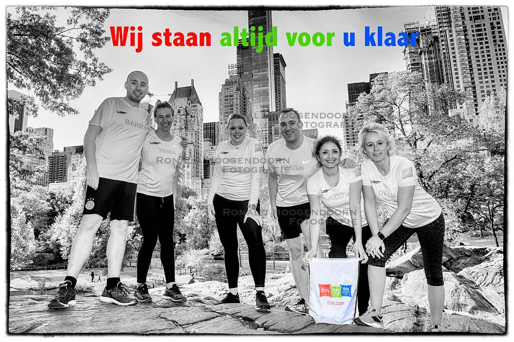04-11-2017 USA: NYC Marathon We Run 2 Change Diabetes day 2, New York<br /> De gebruikelijk fotoschoot in Central Park / Team Ibis