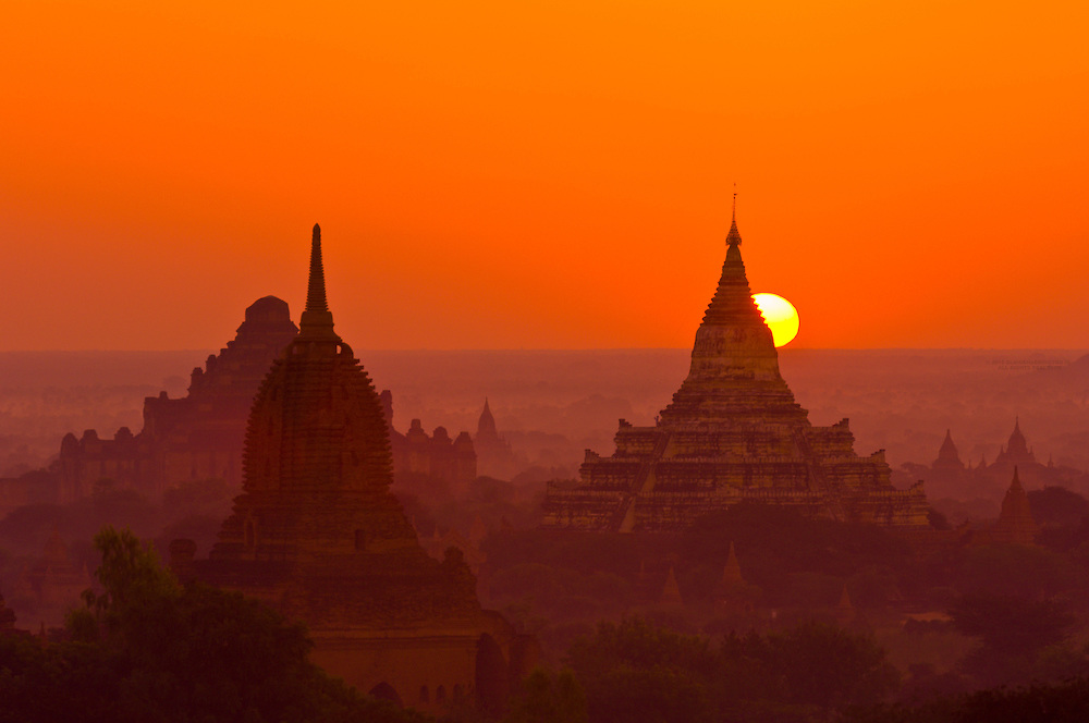 Sunrise over the temples, Bagan, Myanmar (Burma)