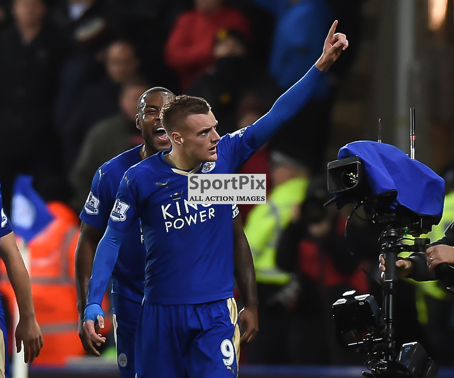 Jamie Vardy salutes the crowd after giving Leicester a 1-0 lead (c) Simon Kimber | SportPix.org.uk