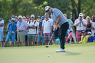 Ryan Fox of New Zealand putts during the European Tour DP World Championship at Jumeirah Golf Estates, Dubai, UAE on 17 November 2017. Photo by Grant Winter.