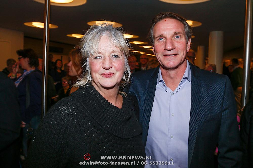 NLD/Utrecht/20130122 - Premiere Adele, Maria Goos en partner Peter Blok