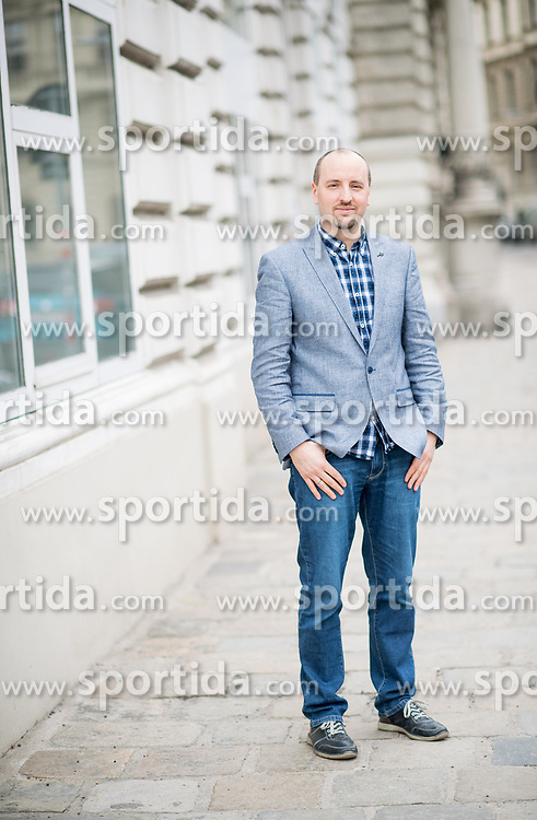 23.03.2018, Wien, AUT, Portraits Politikwissenschafter Laurenz Ennser-Jedenastik vom Institut für Staatswissenschaft der Uni Wien // portraits Political scientist Laurenz Ennser-Einemastik from the Institute for Political Science of the University of Vienna, Austia on 2018/03/23. EXPA Pictures © 2018, PhotoCredit: EXPA/ Michael Gruber