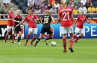 Fotball , EM , Norge - Tyskland 28.juli 2013 , kvinner ,  Sverige , Stockholm , Solna , europamesterskap, finale<br /> Cathrine Høegh Dekkerhus<br /> Foto: Ole Marius Fjalsett<br /> Toril Akerhaugen