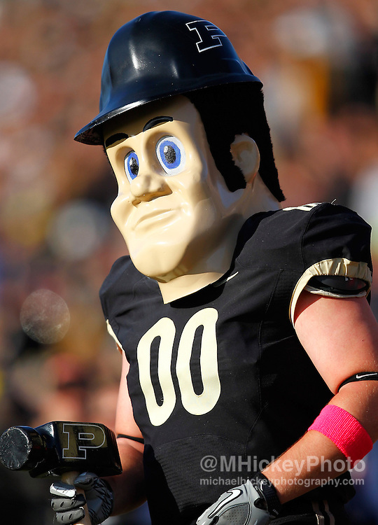 WEST LAFAYETTE, IN - OCTOBER 06: Purdue Boilermakers mascot Purdue Pete is seen on the sidelines against the Michigan Wolverines  at Ross-Ade Stadium on October 6, 2012 in West Lafayette, Indiana. (Photo by Michael Hickey/Getty Images) *** Local Caption *** Purdue Pete