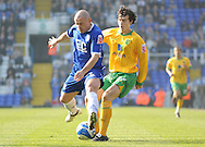 Birmingham - Saturday March 21st, 2009: Stephen Carr of Birmingham City and Alan Gow of Norwich City during the Coca Cola Championship match at St Andrews, Birmingham. (Pic by Alex Broadway/Focus Images)